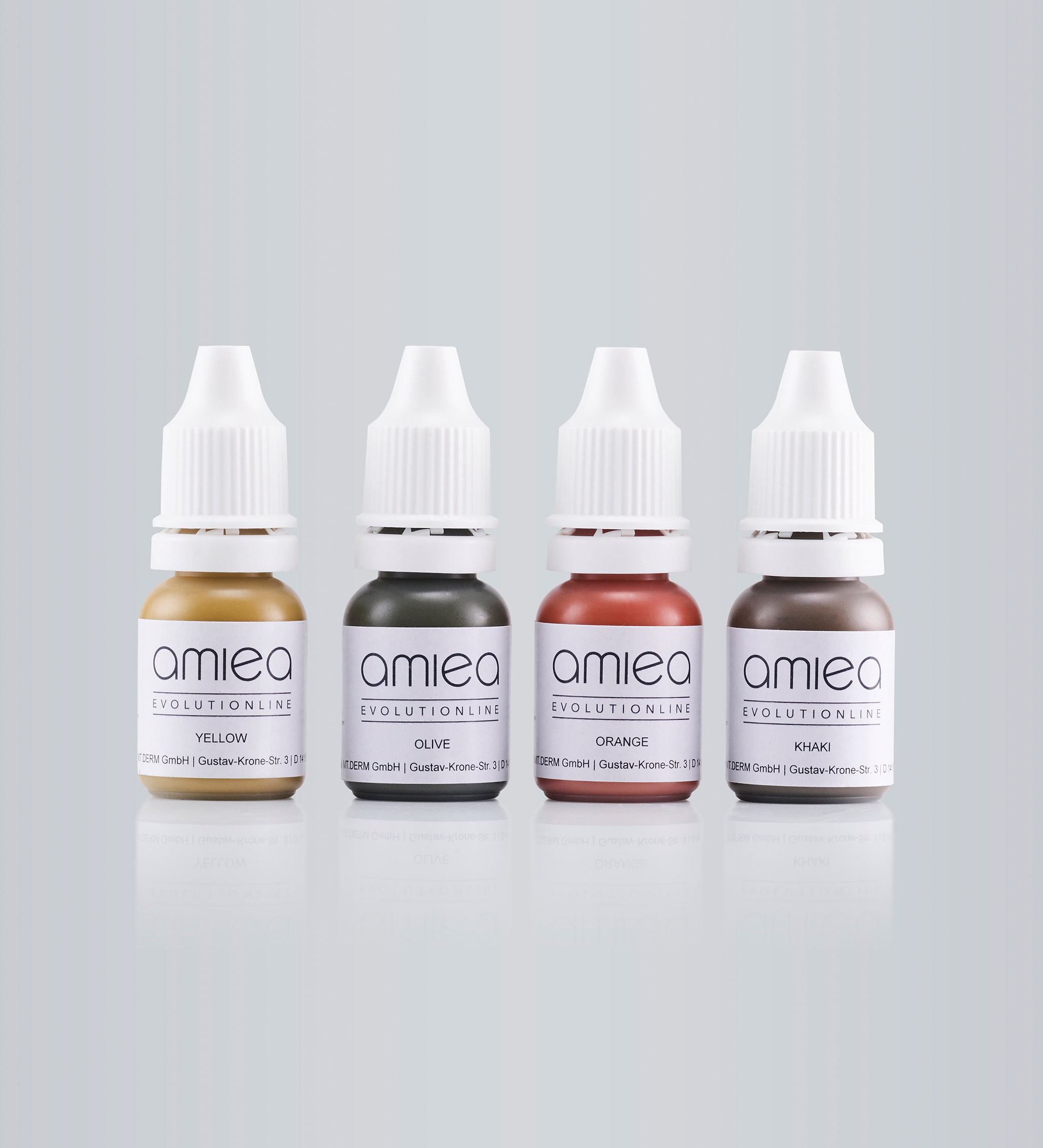 Four bottles with PMU colors of amiea Evolutionline