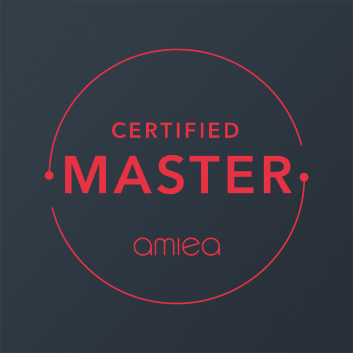 Icon for amiea certified master level 3 on dark grey background