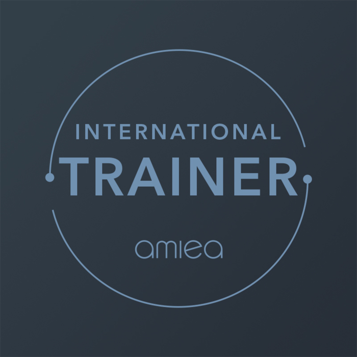 Icon for amiea international trainer level 4 on a dark grey background